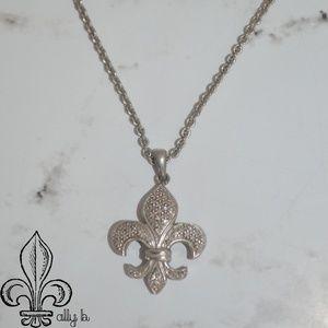 ⚜️Silver pave diamond fleur de lis necklace⚜️